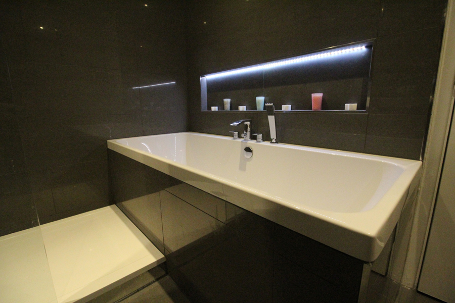 modern bathrooms hull